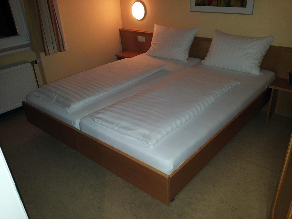 bett kaufen berlin trendy sie knnen kein hochbett finden. Black Bedroom Furniture Sets. Home Design Ideas