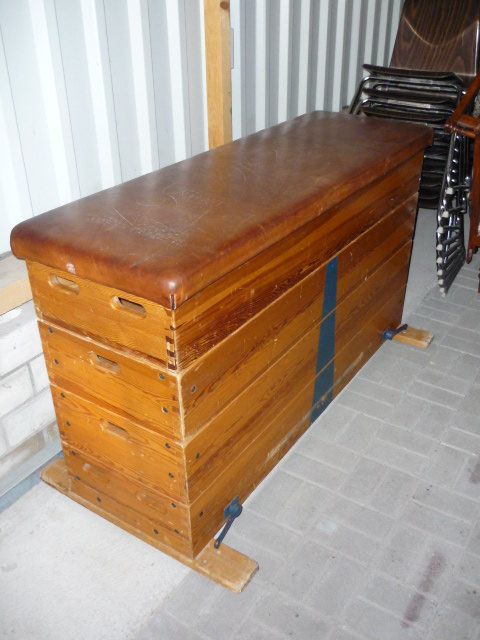 alter turnkasten sprungkasten sprungpferd vintage 5 teilig ebay. Black Bedroom Furniture Sets. Home Design Ideas